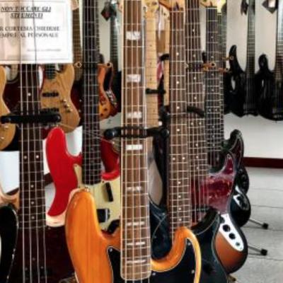 EXDEMO - Fender Vintera 70s...