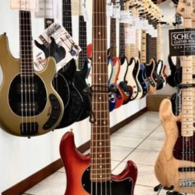 USATO - Fender  Dimension...